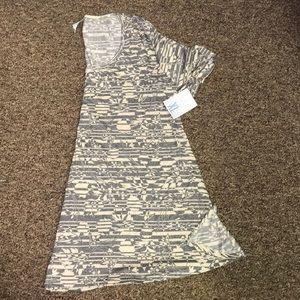 Lularoe Perfect shirt white and gray flower XL NWT